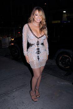 [Image: 30656345_Mariah_Carey15.jpg]