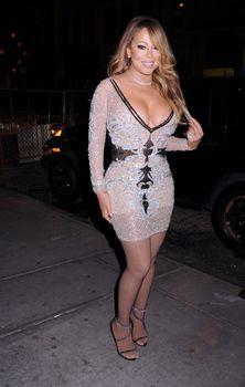 [Image: 30656346_Mariah_Carey16.jpg]
