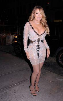 [Image: 30656347_Mariah_Carey17.jpg]