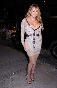 [Image: 30656348_Mariah_Carey18.jpg]