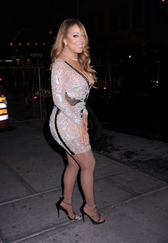[Image: 30656353_Mariah_Carey23.jpg]