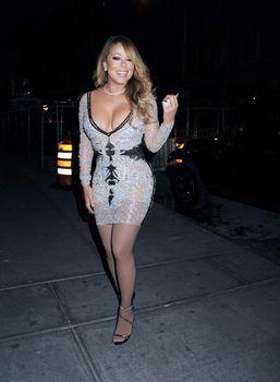 [Image: 30656356_Mariah_Carey26.jpg]