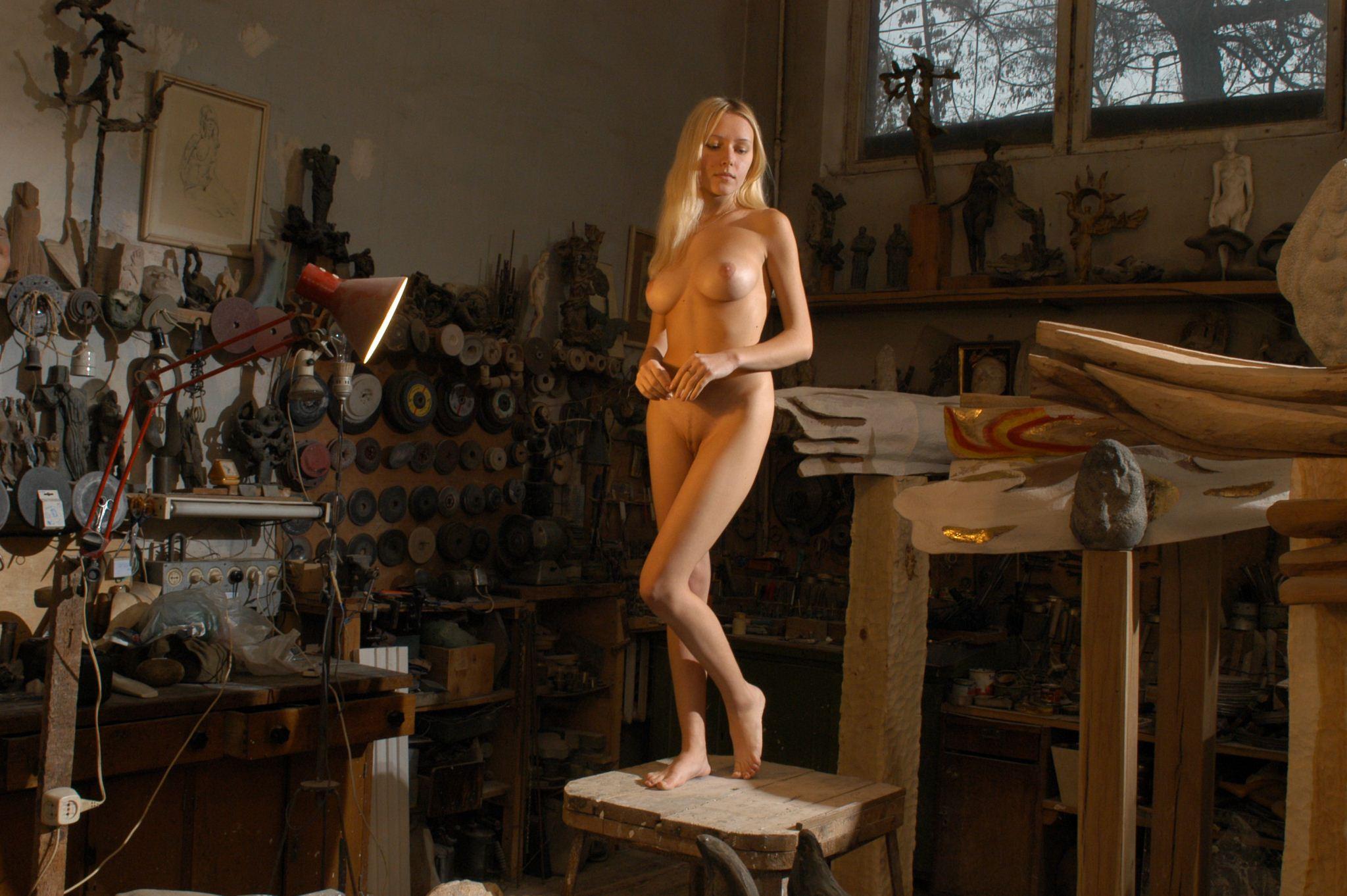 Порно в мастерской