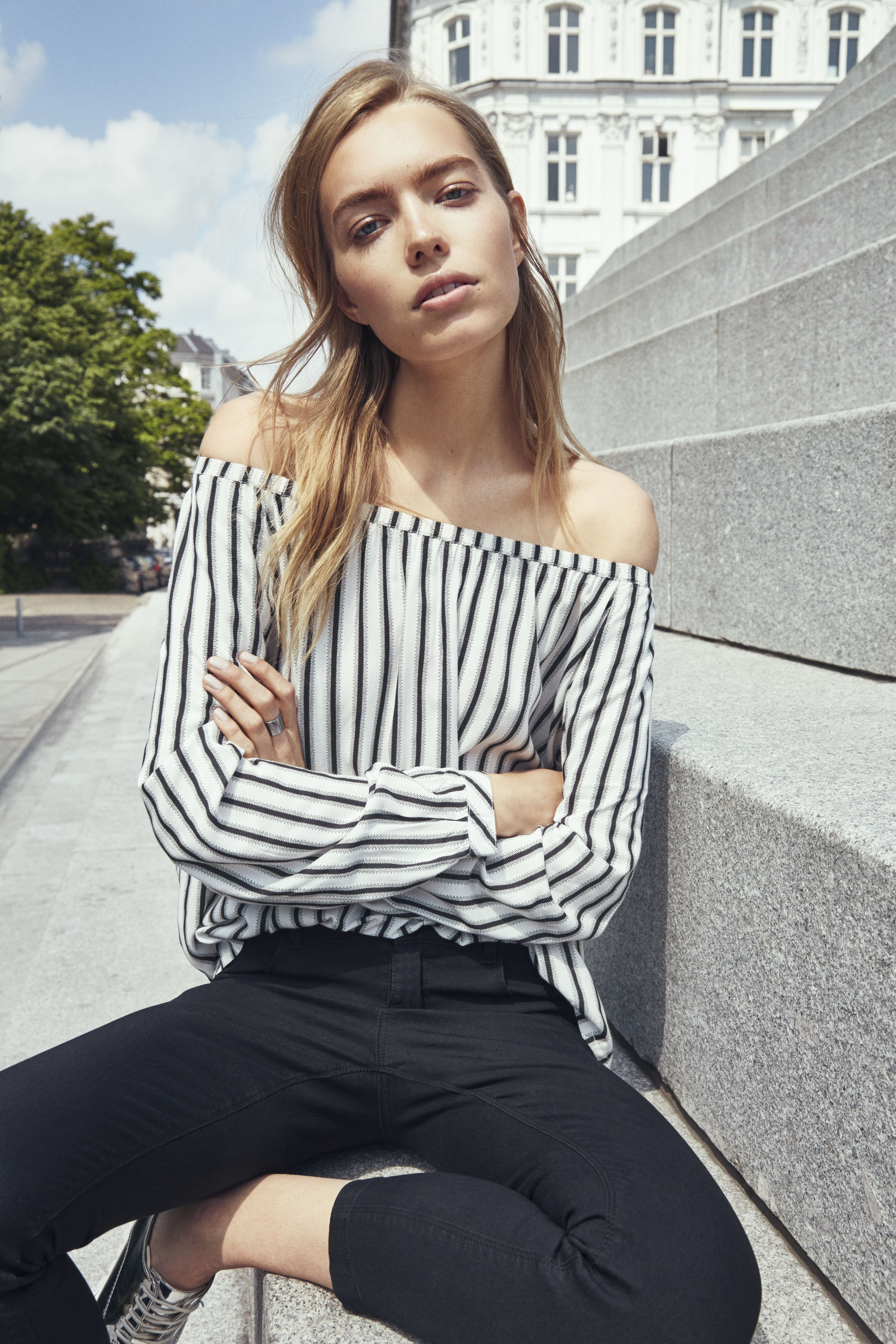 B Young Spring 2017 Collection 18